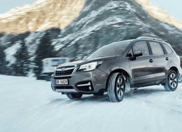 subaru-forester-snow-action_web