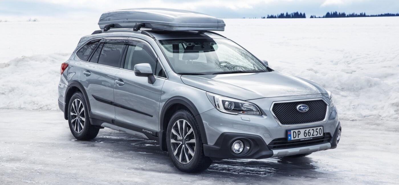 Subaru Outback med Skiguard skiboks
