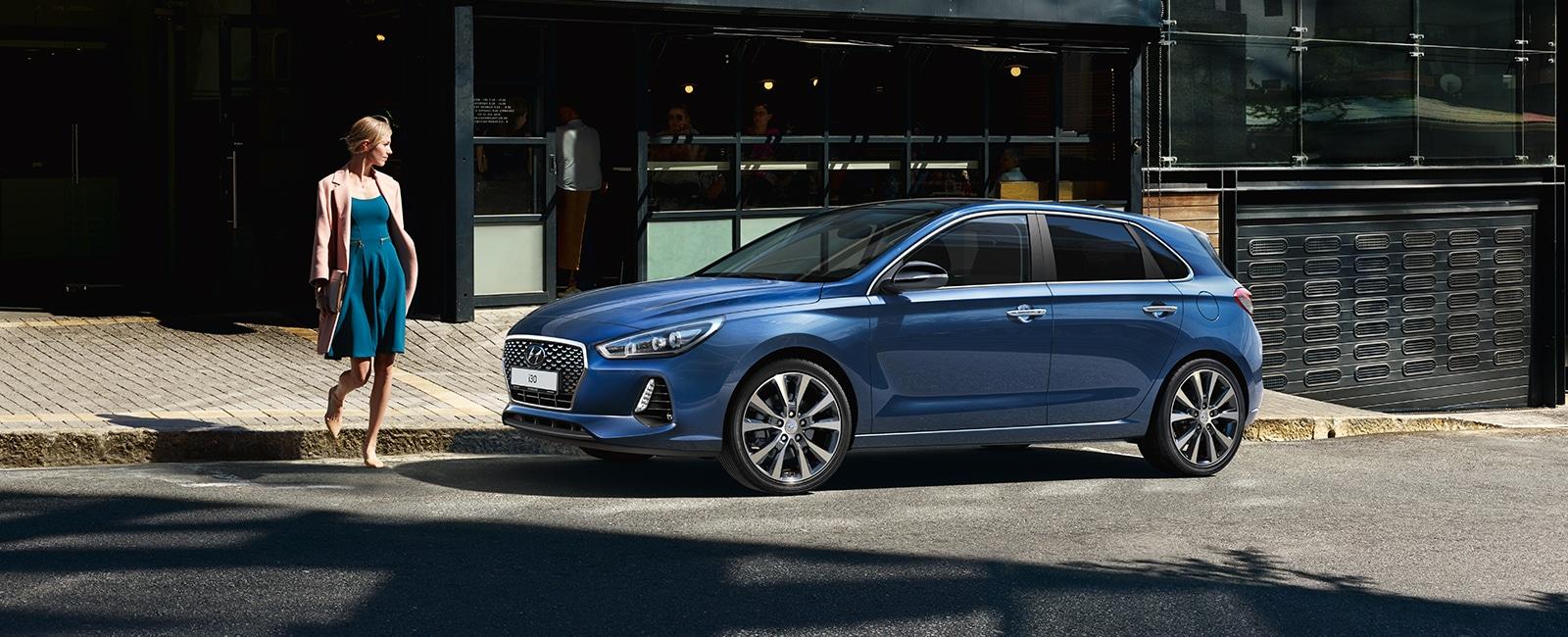 Hyundai i30 blå, dame