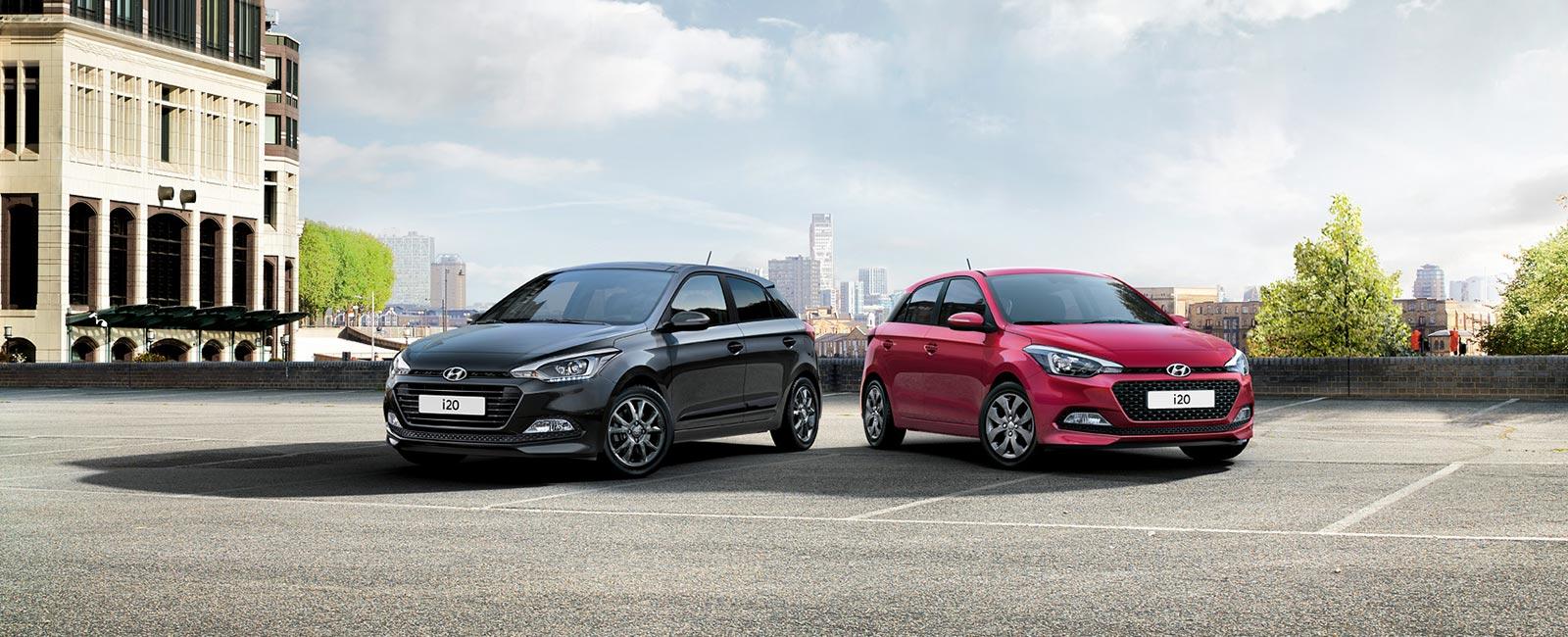 Hyundai i20 rød og grå