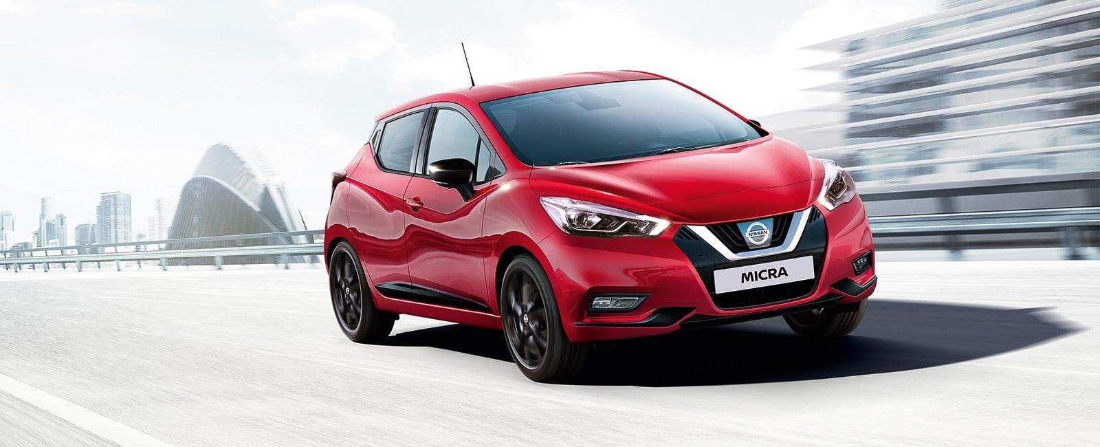 Nissan Micra rød