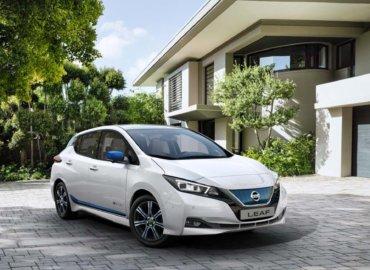 Nissan Leaf 62kWt toppbilde